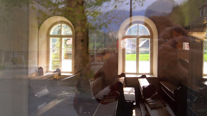 Rundfenster in der Evangelischen Pfarrkirche in Nasswald