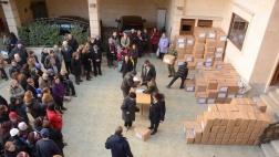 Essens-Verteilung in der Bethelgemeinde in Aleppo
