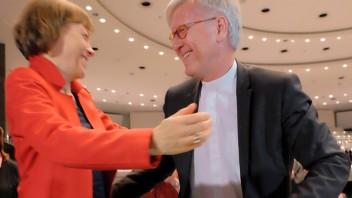 Annette Kurschus gratuliert Heinrich Bedford-Strohm