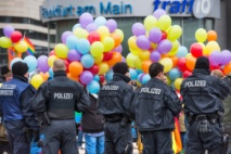 "Demonstration gegen ""Demo fuer alle"" in Frankfurt"