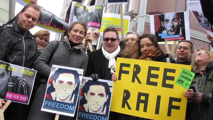 Demo gegen Prügelstrafe für Blogger Raif Badawi