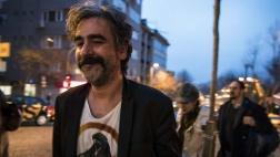 Der deutsch-türkische Journalist Deniz Yücel nach seiner Freilassung aus dem Gefängnis.