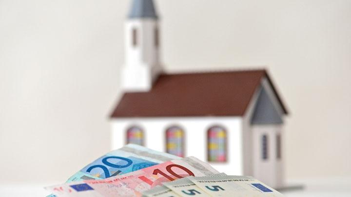 Die Evangelische Kirche im Rheinland rechnet für die kommenden Jahre mit weiter steigenden Kirchensteuereinnahmen.