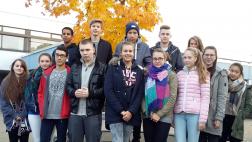 Schülerinnen und Schüler der evangelischen Religionsklasse der Jahrgangsstufe zehn des Gymnasiums Weingarten am Bodensee.
