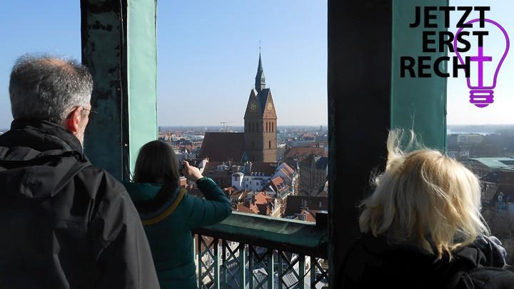 Der Taufkurs verschafft sich einen Überblick über die Hannoveraner Kirchenlandschaft