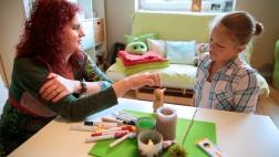 Die Trauerbegleiterin Mechthild Schroeter-Rupieper gibt Kindern und Jugendlichen Orientierung in Zeiten der Trauer.