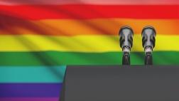 Pfarrer wegen seiner Homosexualität unerwünscht.