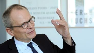 Diakoniepräsident Ulrich Lilie am 28.08.2014 bei einem Interview mit dem Evangelischen Pressedienst (epd) in seinem Büro in Berlin.