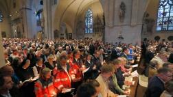 In Münster sind am Samstag mehrere Menschen gestorben, als ein Auto in eine Menschenmenge fuhr.