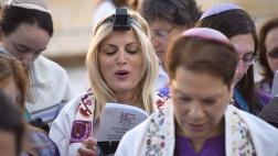 Die Frauen der Klagemauer kampfen fuer ein liberaleres Judentum
