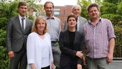 Jury des Kunstprojekts (v.l.): Thorsten Nolting, Dr. Gabriele Uelsberg, Holger Hagedorn, Dr. Susanne Titz, Prof. Dr. Frank Günter Zehnder und Dr. Gregor Jansen.