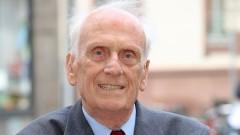 """Ulrich Gottstein, Mitbegründer der deutschen Sektion der """"Internationalen Ärzte zur Verhütung eines Atomkriegs"""" (IPPNW)."""