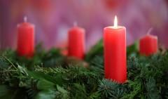 Adventskranz, erster Advent.