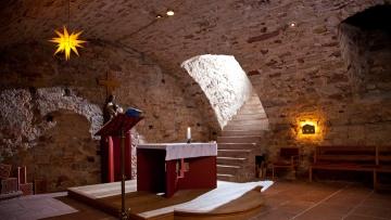 Das fränkische Kloster Triefenstein ist Heimat der Christusträger-Bruderschaft.
