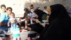 Eine Teheraner Familie beim Nationalsport des Landes: Picknicken