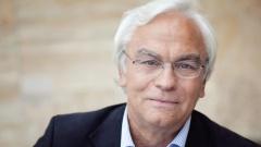 Der ehemalige Frankfurter Stadtkirchenpfarrer und evangelische Filmexperte Werner Schneider-Quindeau ist im Alter von 67 Jahren plötzlich gestorben.